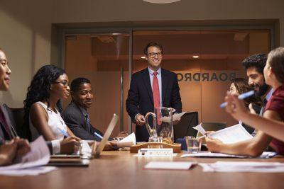 CFO em uma reunião de negócios